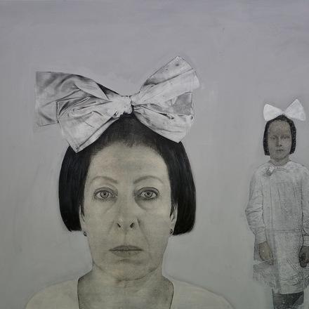 """Krystyna Piotrowska """"Autoportret z kokardami"""""""